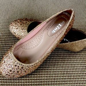 3/$20.Rose gold slip on girls dress shoes. Size 3